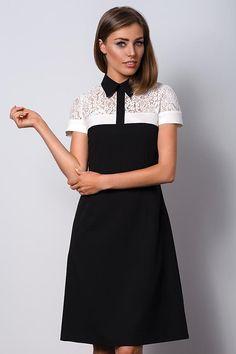 17ab47ca1b5db7 Delicate zwarte kanten jurk met een kraag POLO II Black lace  high-ingesnoerd jurk met