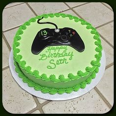 xbox decoracion An Xbox One controller cake :) - xboxseries 13 Birthday Cake, 10th Birthday Parties, 12th Birthday, Birthday Ideas, Playstation Cake, Xbox Cake, Video Game Cakes, Video Game Party, Preteen Birthday