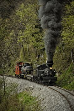 ˚Freight train coming up the mountain - West Virginia