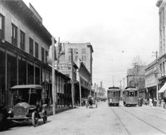 Pensacola downtown - Palafox Street trolleys Trolleys on South Palafox Street, early 1900s
