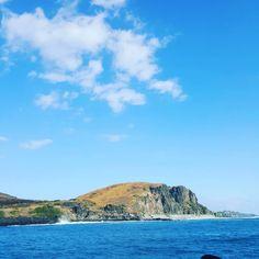 #blue #sky #sea #beach #ocean #blueocean #landscape #reunionisland #saintpaul #cap #lahoussaye #caplahoussaye #paysage #creation #instapic #clouds #bluesky #courant #team974 #island974 #reunionparadis #paradise #iledelareunion by reunionisland_974