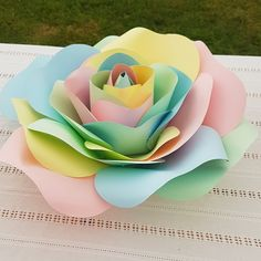 Unicorn paper flowers rose giant paper flowers #backdrop #giantpaperflowers #flowerwall