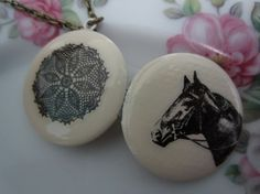 Reversible Vintage Horse and Lace Locket