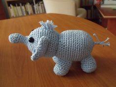 Marcsi kicsi elefántja