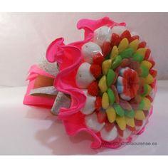 Ramo de gominolas pequeño de congominolas.com Valentine Day Cards, Valentines Diy, Bar Mix, Candy Cakes, Marshmallow, Decoration, Bouquet, Confetti, Baby Shower