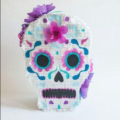 Sugar skull, day of the dead piñata. Calavera,dia de los muertos piñata. Hanmade,paper flowers.