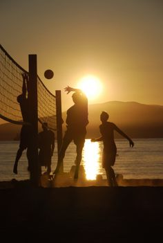 Got to love Volleyball on the beach, guess it makes me feel nostalgic, like a kid just playing in the sand. Been a while..