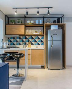 """3,567 curtidas, 17 comentários - CASA CLAUDIA (@revistacasaclaudia) no Instagram: """"Neste apartamento em São Paulo, a cozinha foi totalmente integrada à área de estar. Os armários com…"""""""