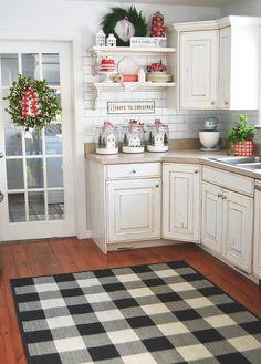 Kitchen Shelf Decor, Kitchen Cabinets Decor, Cabinet Decor, Kitchen Shelves, Christmas Is Over, Christmas Time Is Here, Christmas Home, Cottage Christmas, Farmhouse Christmas Kitchen