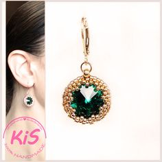 Kolczyki z kryształem Swarovski oplecionym koralikami Kolorystyka: złoty różowy, zielony Swarovski, Drop Earrings, Crystals, Green, Jewelry, Jewlery, Jewels, Crystals Minerals, Jewerly