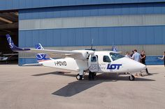 Pilot training academy launches for LOT Polish Airlines