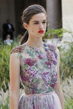 See detail photos for Giambattista Valli Fall 2017 Couture collection.