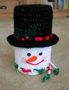Jolly Snowman Bath Tissue Cover--no pattern but looks easy enough to make but pattern is cheap