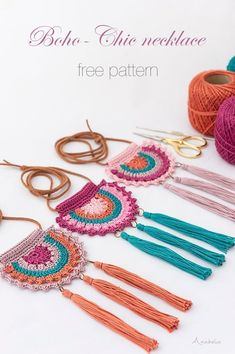 crochet necklace, free pattern - These Boho-Chic crochet necklace is s. Boho-Chic crochet necklace, free pattern - These Boho-Chic crochet necklace is s.Boho-Chic crochet necklace, free pattern - These Boho-Chic crochet necklace is s. Knitting Patterns, Crochet Patterns, Macrame Patterns, Pattern Sewing, Bag Patterns, Crochet Designs, Crochet Ideas, Bohemian Schick, Crochet Shoulder Bags