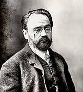 """""""Liebe. Trilogie meiner Familie 1"""" nach Émile Zola im Thalia Theater Hamburg"""