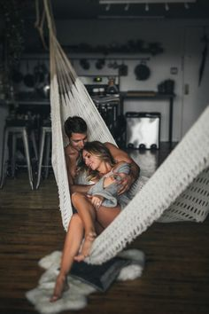 This at-home photo shoot has some major cozy vibes. Nicole Ashley Photography hung out with this couple and photographed their fun and intimate love. Hot Couples, Romantic Couples, Best Wedding Registry, Home Photo Shoots, Love Is In The Air, Shooting Photo, Romance, Couple Shoot, Wedding Tips