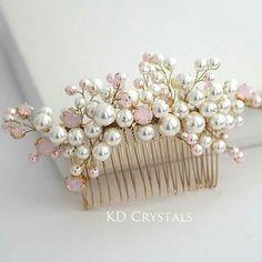 Свадебный гребень с розовыми опаловыми кристаллами Сваровски / bridal hair comb #haircomb #bridalhaircomb #bridalhair #swarovski #сваровски #свадебныйгребень #juuksekamm #juuksekaunistus #pulmasoeng