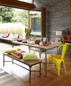 Alfresco indoor/outdoor dining for spring and summer