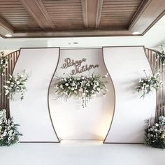 Decor wedding stage ceremony backdrop Ideas Best Picture For beautiful wedding decorations For Your Taste You are looking for something, and it is going to tell you exactly what y Wedding Backdrop Design, Wedding Stage Decorations, Engagement Decorations, Backdrop Decorations, Wedding Ceremony Decorations, Backdrops, Decor Wedding, Backdrop Ideas, Wedding Stage Backdrop