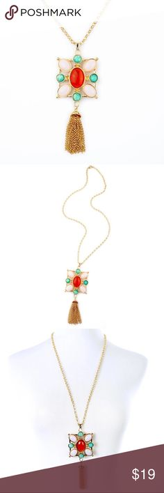 """Boho pendant necklace Gorgeous tassel pendant necklace will add some fun to your outfit. The chain is 28"""" and the pendant and tassel measure at 5"""". Gold plated with resin gemstones. Absolutely beautiful! Jewelry Necklaces"""