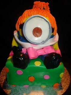 From Despicable Me 2 - minion cake.