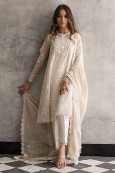 Beautiful white organza 3 piece stitched dress by Nida Azwer traditional embroidered dresses 2018 - Online Shopping in Pakistan Pakistani Dress Design, Pakistani Outfits, Pakistani White Dress, White Anarkali, White Kurta, Pakistani Fashion Casual, Indian Attire, Indian Ethnic Wear, Indian Wedding Outfits