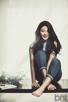 Grown Up Kim Yoo Jung is Gorgeous in Sprawling New BNT International Pictorial Kim Yu-jeong, Kim You Jung, Asian Actors, Korean Actresses, Korean Actors, Korean Star, Korean Girl, Asian Girl, Girl Photo Poses