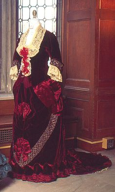 "Late 1870s ""Front View of Pingat Bustle Ensemble,"" Vassar College Costume Collection"