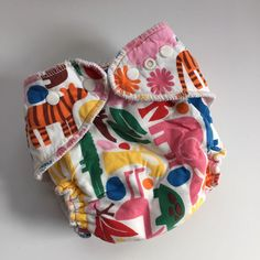 EUC Lot of (2) Kissas Kissaluvs Cloth Diapers & Diper Cover - Zoo Print One Size #Kissaluvs