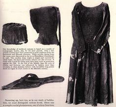 14th c. garb - hood (Herjolfnes)  http://laracorsets.com/images/Fashion_History_Images/1350.5.jpg