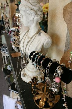 boutique jewelry display