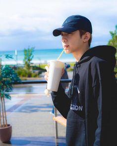 Wanna One Lai Guan Lin Wallpaper Foto Bts, Bts Photo, Park Ji Min, Boy Scouts, Jinyoung, Seokjin, Jimin, Ong Seung Woo, Les Bts