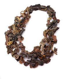 Alix Manon Hoornaert: ?the key to a good necklace?