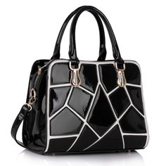 Barva: černá, velikost 33 cm x 24 cm, dlouhý nastavitelný ramenní popruh, vnitřní kapsi se zipem i bez něj.