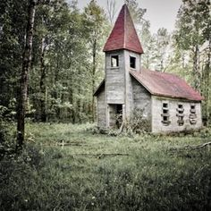 Beautiful old abandoned Church in the woods. I can just imagine the gospel that went on in there.
