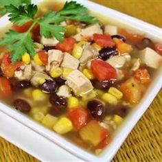 Six Can Chicken Tortilla Soup - Delicious and EASY zesty soup recipe that uses only 6 canned ingredients! Serve over tortilla chips, and top with shredded Cheddar cheese. Throw away the cans and no one will know that it is not from scratch! Mexican Food Recipes, Soup Recipes, Chicken Recipes, Cooking Recipes, Healthy Recipes, Costco Recipes, Recipies, Spanish Recipes, Healthy Soups