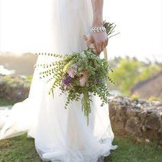 Wedding bouquet(•ө•)♡ #feastbalibridal #balibridal #baliwedding #privatevillawedding #bridalshoes #rusticwedding #intercontinentalbaliwedding #intercontinentalbali #conradbali #weddingcake #organicwedding  #vintagewedding #リゾートウェディング #海外挙式 #オリジナルウェディング #プライベートヴィラウェディング #フィーストバリブライダル #バリウェディング #ラスティックウェディング #ガーデンウェディング #インターコンチネンタルバリ #コンラッドバリ #ブライダルシューズ #オーガニックウェディング #ウェディングケーキ #海外婚礼 #巴厘婚礼 #休养地婚礼 #bridemaids #ブライズメイド