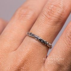 Silver Ring - Balinese Spirits – Moonstone Magic