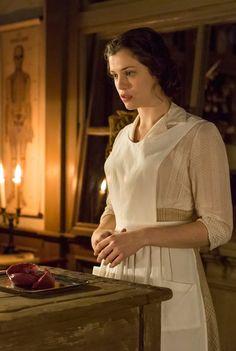 Jessica De Gouw as Mina Murray in episode 2 of Dracula - sky.com/dracula
