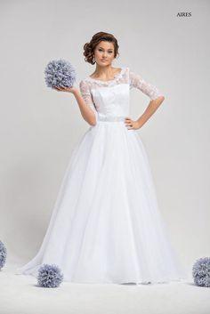 Brautkleider - Brautkleid Aires mit Spitzenärmel - ein Designerstück von Elegance-Fashion bei DaWanda