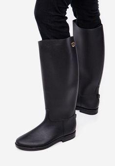 Cizme de cauciuc Cirella Negre Rubber Rain Boots, Riding Boots, Shoes, Fashion, Horse Riding Boots, Moda, Zapatos, Shoes Outlet, Fashion Styles