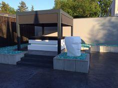 Außen Whirlpool SPA Cube in stylischem Garten mit passender Überdachung lädt zum Wohlfühlen und Entspannen ein...