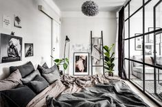 dreamy small apartment with a glass wall2