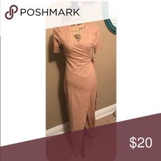 Wrap maxi dress Beautiful fitted maxi wrap dress! Very fitted, and runs about 1 size small. Dresses Maxi