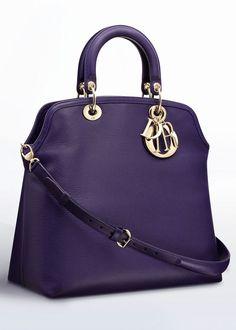 32 Beautiful purple handbags