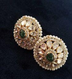 Jewelry Design Earrings, Gold Earrings Designs, Gold Jewellery Design, Gold Jewelry, Designer Jewellery, Rajputi Jewellery, Indian Jewelry, Wedding Jewelry, Gold Souk