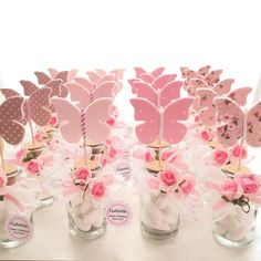 personalized favor for girl's communion, jar with stopper and felt and fabric butterfly, assorted colors in pink and white and beige shades, Diy Abschnitt, Butterfly Birthday Party, Butterfly Baby Shower, Girl Birthday Party Themes, Butterfly Garden Party, Baby Girl Shower Themes, Baby Shower Decorations, Shower Favors, Party Favors, Fabric Butterfly