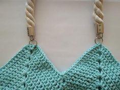 Môžeme použiť krútenú šnúru vlastnej výroby alebo hotový polotovar. Crochet Top, Women, Fashion, Moda, Fashion Styles, Fashion Illustrations, Fashion Models