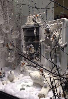 Pampilles Paray est sur fb , vitrine animée thème polaire noël 2015 à Paray le Monial