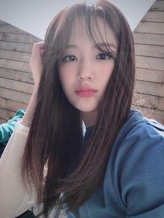 South Korean Girls, Korean Girl Groups, Aesthetic Template, I Miss U, Aesthetic Gif, Love Is Sweet, Covergirl, Pop Group, Hair Goals